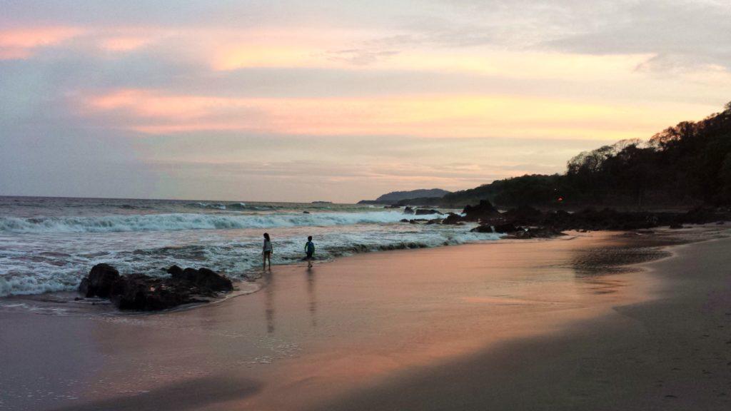 Sunset plage Montezuma